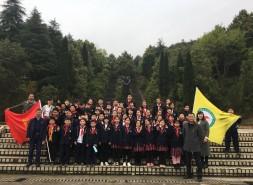 双清区五里牌小学开展清明祭英烈活动