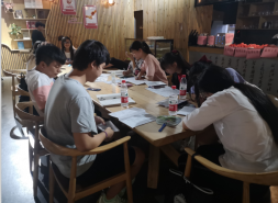 """邵阳市新华书店""""高考休息站""""暖心服务获赞"""